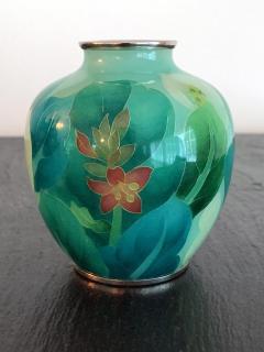 Ando Jubei A Japanese Plique a jour vase by Ando Jubei Company - 1041046