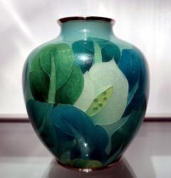 Ando Jubei A Japanese Plique a jour vase by Ando Jubei Company - 1041059
