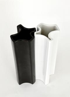 Angelo Mangiarotti Angelo Mangiarotti Black and White Ceramic Vases by Fratelli Brambilla Model M6 - 1343286