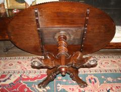 Anglo Indian Oval Rosewood Pedestal Table - 1465280