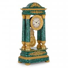 Antique 19th Century Bourbon Restauration Malachite and Gilt Bronze Mantel Clock - 1937757