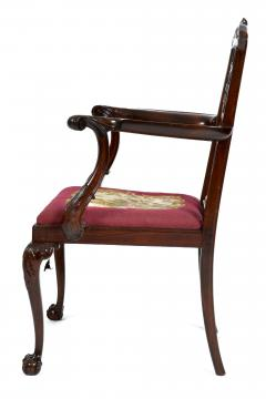 Antique 19th Century English Chippendale Mahogany Armchair  - 1237987