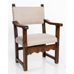 Antique English Country Armchairs with Floral Carvings - 1550084