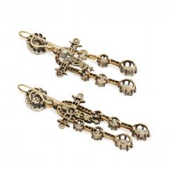 Antique N glig e Style Diamond Earrings in Silver Topped Gold - 1187796