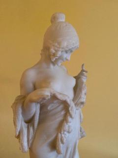 Antonio Frilli Disrobing Maiden - 1182777