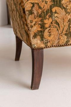 Armchair and Its Ottoman - 1738496