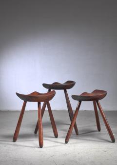 Arne Hovmand Olsen Arne Hovmand Olsen set of three tripod stools - 1640915