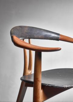 Arne Hovmand Olsen Arne Hovmand Olsen three legged chair Denmark 1950s - 967915