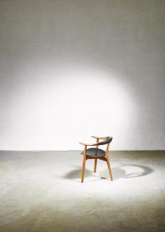Arne Hovmand Olsen Arne Hovmand Olsen three legged chair Denmark 1950s - 967916