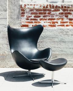 Arne Jacobsen 1960s Arne Jacobsen Egg Chair And Ottoman