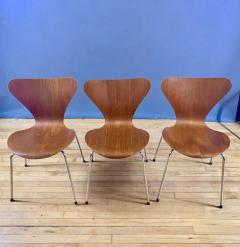 Arne Jacobsen 1978 Set of Arne Jacobsen Series 7 Teak Dining Chairs Fritz Hansen Denmark - 1405238
