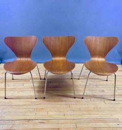 Arne Jacobsen 1978 Set of Arne Jacobsen Series 7 Teak Dining Chairs Fritz Hansen Denmark - 1405242