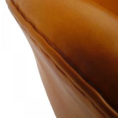 Arne Jacobsen AJ 3321 Swan Sofa - 354012