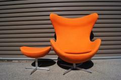 Arne Jacobsen Egg Chair and Ottoman by Arne Jacobsen for Fritz Hansen - 1913764