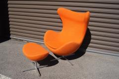 Arne Jacobsen Egg Chair and Ottoman by Arne Jacobsen for Fritz Hansen - 1913765