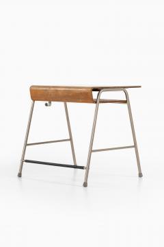 Arne Jacobsen Munkegaard School Desk Produced by Fritz Hansen - 1988281