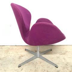 Arne Jacobsen Original Arne Jacobsen Swan Chair No 7105 for Fritz Hansen - 1624167