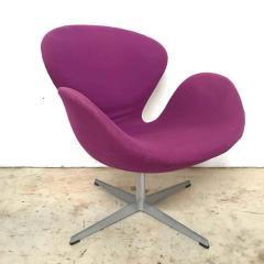Arne Jacobsen Original Arne Jacobsen Swan Chair No 7105 for Fritz Hansen - 1624173