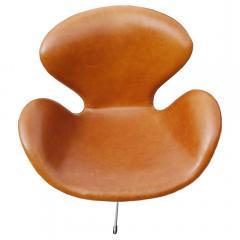 Arne Jacobsen Pair of Original Swan Chairs by Arne Jacobsen in Saddle Tan Leather - 181716