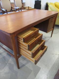 Arne Vodder Danish Modern Teak Desk with Bookcase Back Arne Vodder - 666460