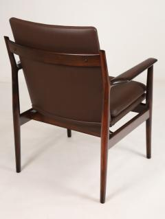 Arne Vodder Pair of Scandinavain Modern Solid Rosewood Armchairs Designed by Arne Vodder - 2005297