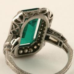 Art Deco Emerald Diamond and Platinum Ring - 272896