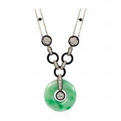 Art Deco Jade Disc Pendant Necklace with Diamonds and Onyx in Platinum - 1830286