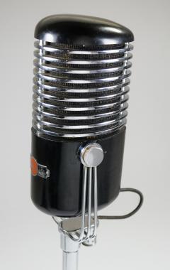 Art Deco Modernist Microphone Iconic - 385211