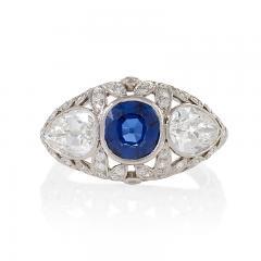Art Deco Platinum Ring with Sapphire and Diamonds - 1232487
