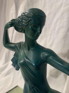 Art Deco Sculpture Diana kneeling by Gual Bronze Ivory France circa 1928 - 1903876