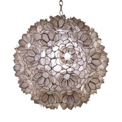 Artisan Flower Chandelier with Translucent Sea Shells 1970s - 1962971