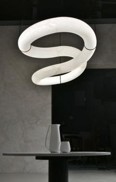 Atelier Alain Ellouz Infinity Alabaster Chandelier by Atelier Alain Ellouz - 1720474