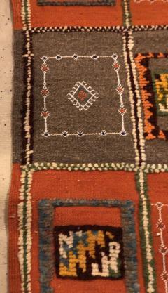 Atlas Showroom Berber Medium Rug Tribal Handwoven Wool 100 Organic Dye - 1148005