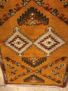 Atlas Showroom Berber Rug Handwoven X Pattern and Diamond Center - 1154442