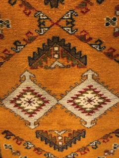 Atlas Showroom Berber Rug Handwoven X Pattern and Diamond Center - 1154443