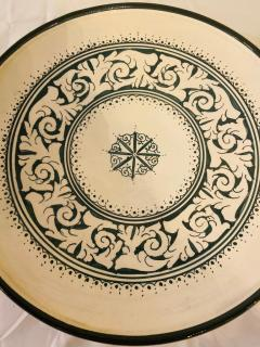 Atlas Showroom Large Hand made Ceramic Green Serving Decorative or Center Table Plate - 1164560