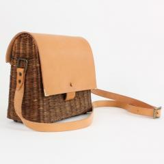 B n dicte Magnin Robert Bespoke Leather and Willow Bark Crossbody Bag Le D vou  - 1681647