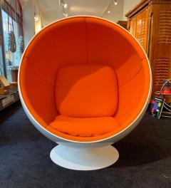 Ball Chair by Adelta Eero Aarino Orange and White Space Age Made in Finland - 1316603