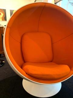 Ball Chair by Adelta Eero Aarino Orange and White Space Age Made in Finland - 1316609