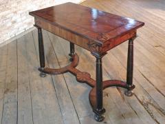 Baroque 17th Century Italian or Maltese Marquetry Center table or Desk - 1300957