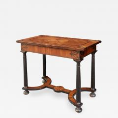 Baroque 17th Century Italian or Maltese Marquetry Center table or Desk - 1301655