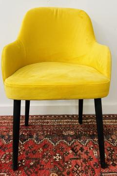 Barrel Back Armchair or Side Chair Mid Century Modern Style a Set of 4 - 1597122
