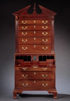 Benjamin Ross CHIPPENDALE CHEST ON CHEST Made by Benjamin Ross - 1336437