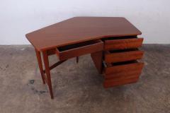 Bertha Schaefer Desk by Bertha Schaefer for Singer and Sons - 1287915