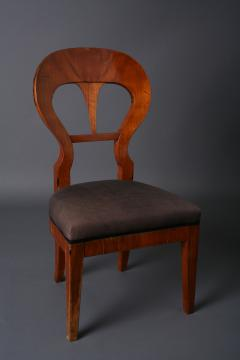 Bidermeier walnut side chair South German Babaria ca 1815 - 884829
