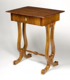 Biedermeier Occasional Table - 479571