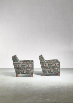 Bjorn Tragardh Bj rn Tr g rdh pair of club chairs with original Art Nouveau upholstery 1930s - 894002