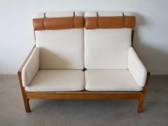 Borge Mogensen Borge Mogensen Model 225 White Sofa with Oak Frame - 1168591