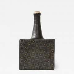 Bruno Gambone Black square ceramic vessel by Bruno Gambone - 1509887