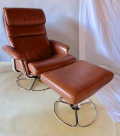 Bruno Mathsson Pair of Leather and Chrome Swivel Lounge Chairs by Bruno Mathsson for Dux 1970s - 572394
